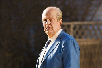 Nordisk Film randers hænge en mand